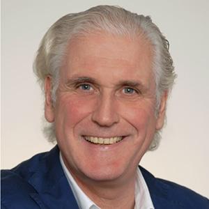 Norbert R. Weisshaar, Geschäftsführer